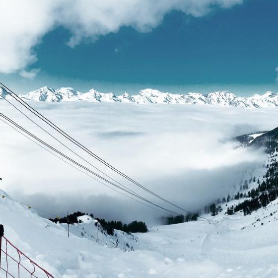photo montagne nuages